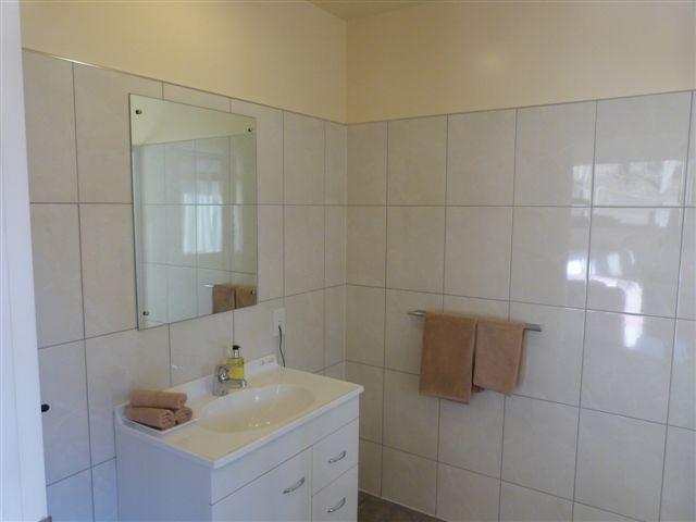Deluxe Balcony Studio – Bathroom